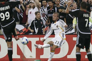 THROWBACK THURSDAY: Beckham makes his Galaxy debut